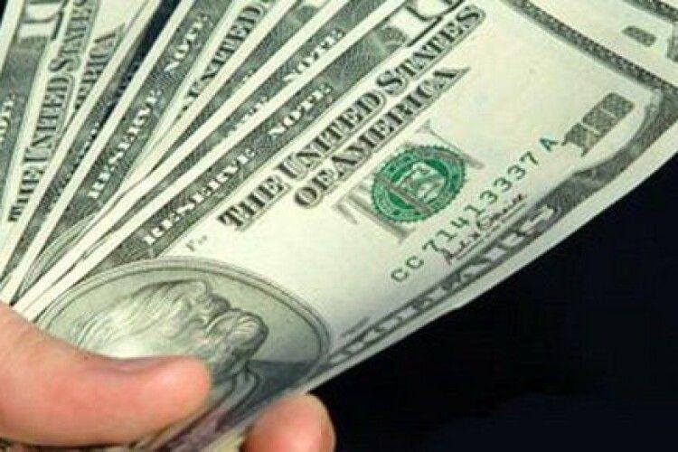 Іноземець хотів швидше проскочити «Ягодин» за 20 доларів хабара