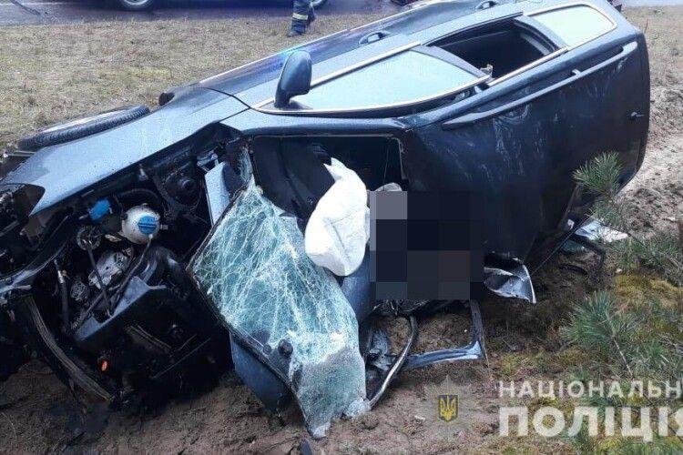 В Маневицькому районі в автоаварії загинув водій