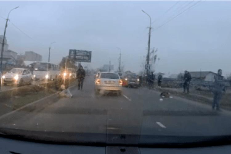 У Луцьку збили двох школярок: з'явилося відео моменту страшної аварії