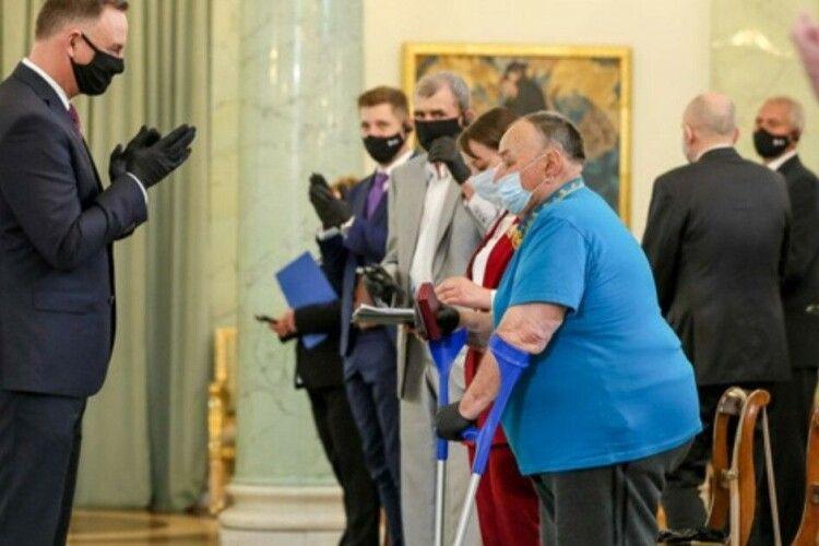 Президент Польщі вручив медалі волинянам  за порятунок поляків
