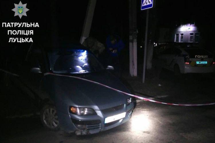 Хто змусив Патрульну поліцію Луцька прибрати з Facebook інформацію про скандальне нічне затримання п'яного поліцейського?