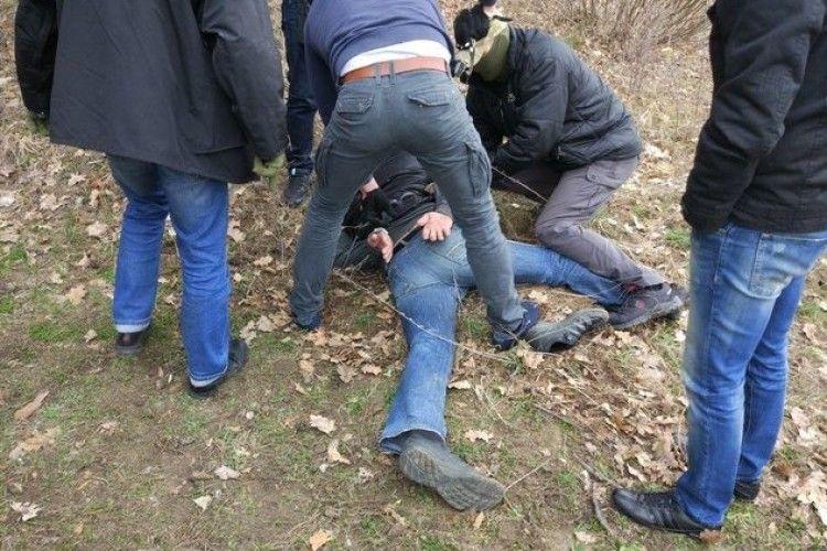 Волинянину, затриманому під час спроби продажу 116 г кокаїну, повідомлено про підозру (фото)