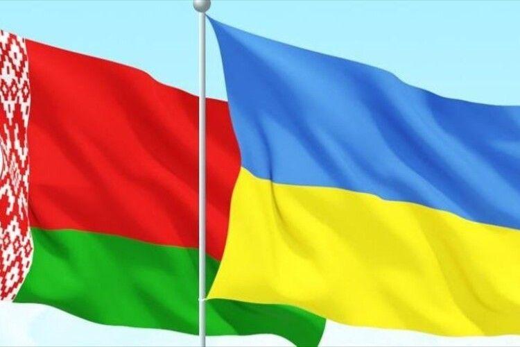 Восени Зеленський планує зустрітися із Лукашенком