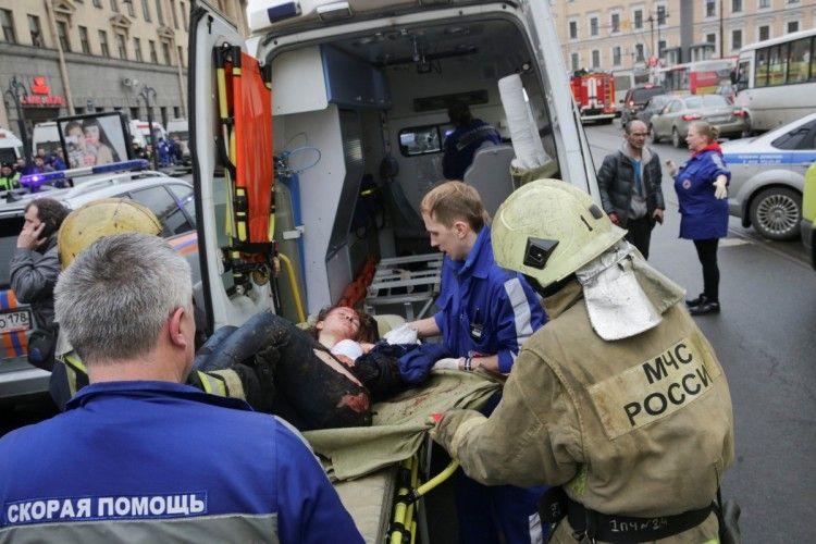 Повідомляють вже про 12-х загиблих під час вибуху в метро в Санкт-Петербурзі