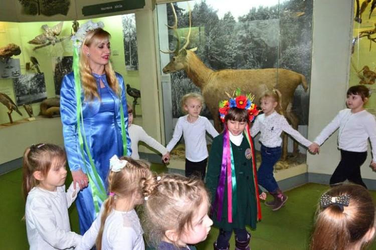 В обласному музеї дітям влаштовують зустрічі з Весною
