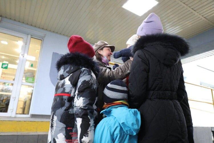 Від коронавірусу одужала дружина українського священника, в якої були вражені легені на 90% (Фото)