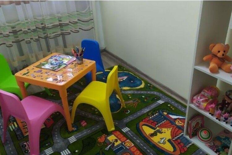 У Ковельському суді облаштували дитячу кімнату