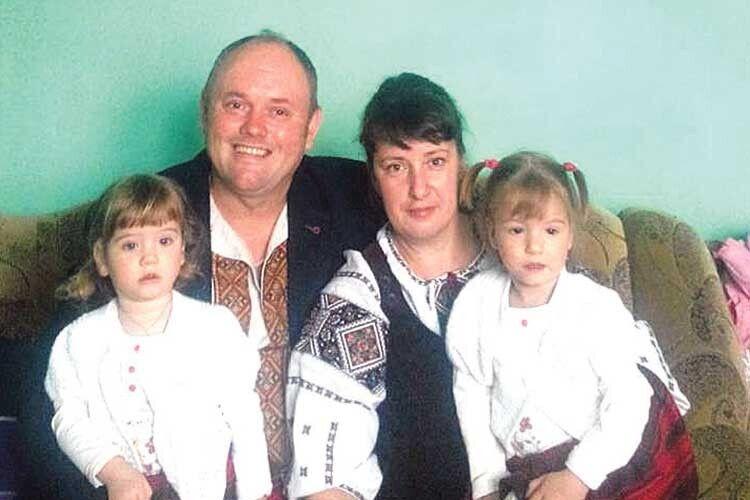 20 років йшли до того, щоб почути «мамо» і «тату». Історія волинської родини