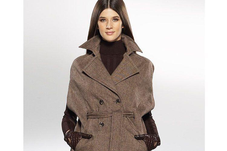 Класичне пальто в жіночому гардеробі