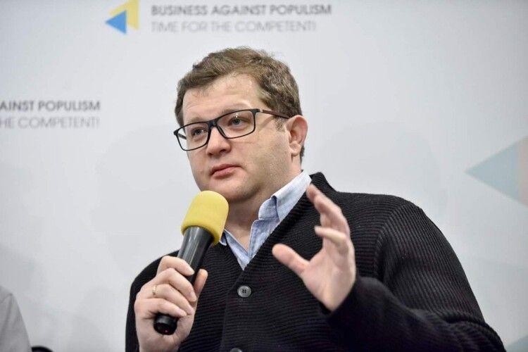 Влада намагається закрити рота ЗМІ, які критикують Зеленського