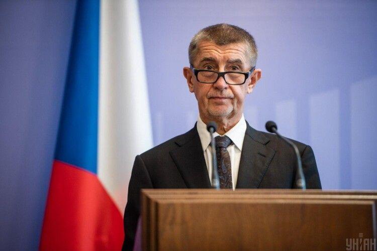 Скандал у Чехії: міністр назвала прем'єра «дебілом»