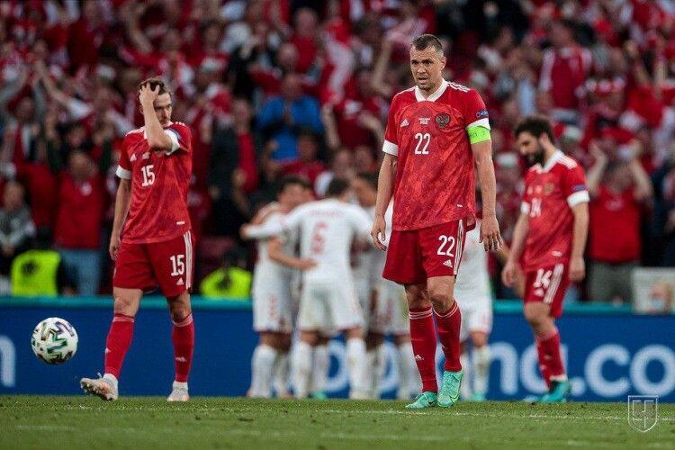 Данія знищує Росію і виходить з трьома очками в 1/8 з другого місця в групі В (Відео)