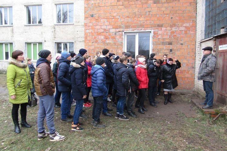 Кримнівські учні відвідали «Дубечнівський керамічний завод»