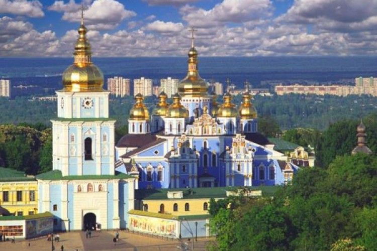На Вінниччині православні парафії масово полишають Московську Патріархію