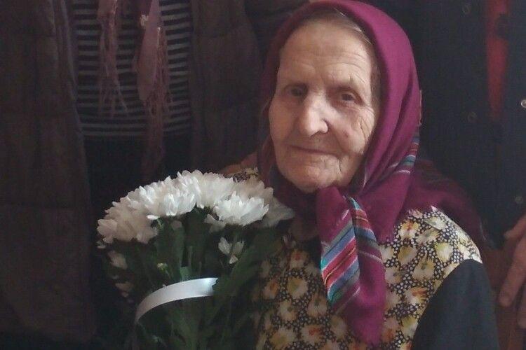 Василина Додарук столітній ювілей зустріла з усмішкою