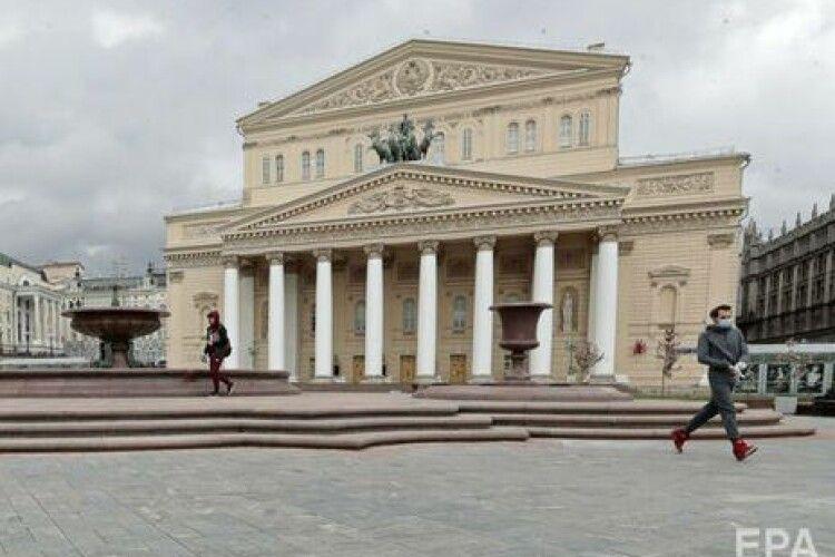 У Москві під час опери у Большому театрі декорація на смерть придавила одного з артистів. Що сталося