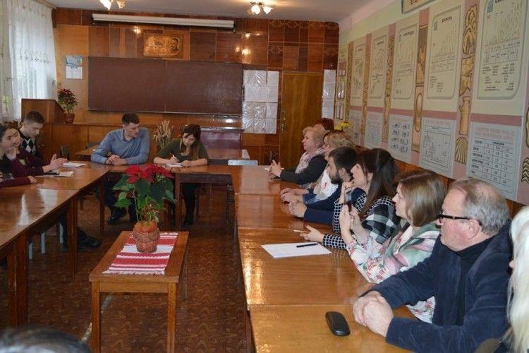 Майбутнє аграрного сектору України за великим чи малим бізнесом? - дебатували волинські студенти