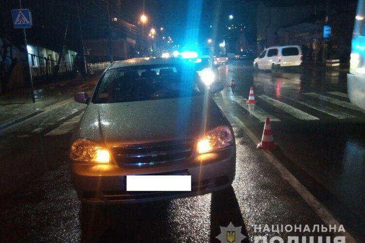 Житель Рівненщини на Chevrolet збив 15-річного хлопця на пішохідному переході