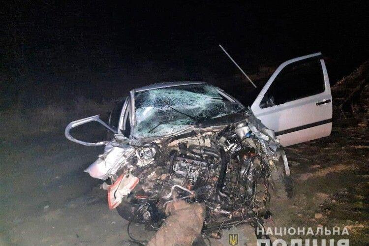 Смертельна ДТП на Рівненщині: маршрутка «Рівне-Костопіль-Данчиміст» зіткнулася з автомобілем «Volkswagen Golf» (Фото)