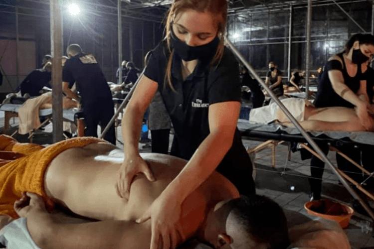 Волинянка взяла участь у встановленні рекорду України з одночасного вогняного масажу (Відео)