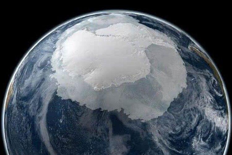 Від Антарктиди відколовся айсберг вагою близько 315 мільярдів тонн