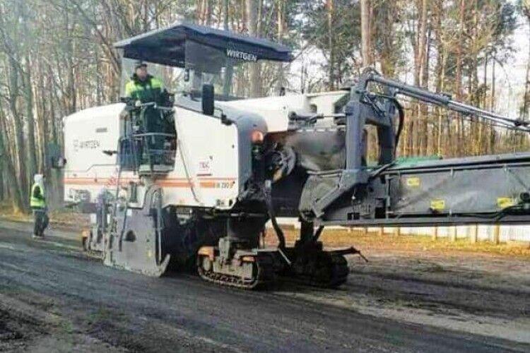 До Шацьких озер розпочали ремонт дороги