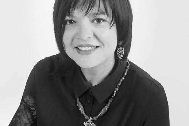 Раптово померла відома волонтерка, вдова бійця з Волині Олена Пасевич