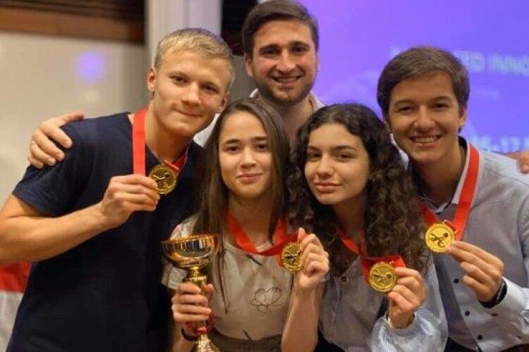 Українці перемогли на конкурсі інновацій в Сінгапурі