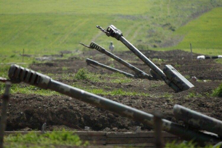 Пахне великою війною: Азербайджан почав контрнаступальну операцію в Нагірному Карабасі