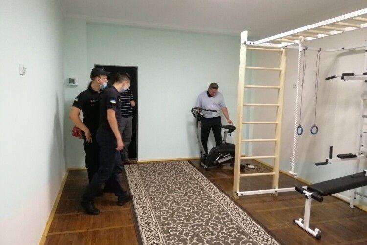 У Володимирі-Волинському промоніторили готовність шкіл до нового навчального року