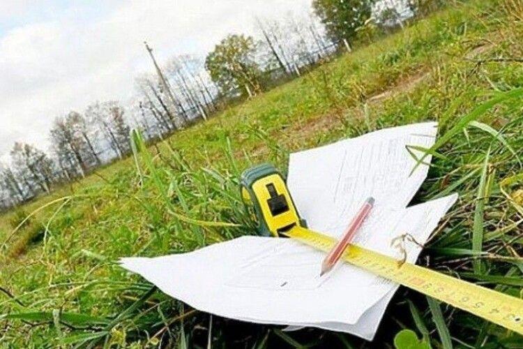 Понад 64 тисячі волинян зареєстрували земельні ділянки