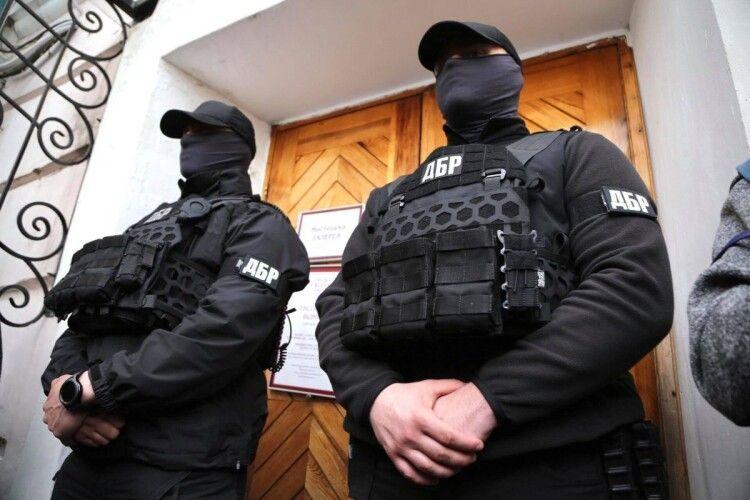 «Європейська Солідарність» вимагає реакції керівництва парламенту на незаконні дії ДБР під час штурму Музею Гончара