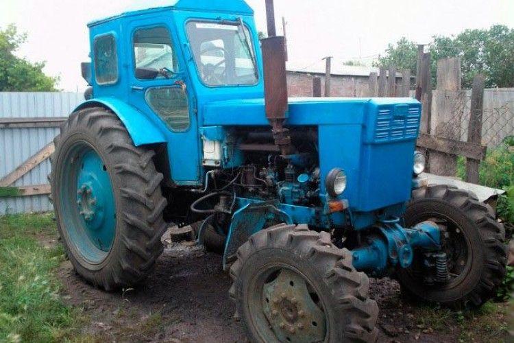 Син переїхав трактором матір
