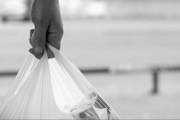 На Рівненщині обмежують використання поліетиленових пакетів