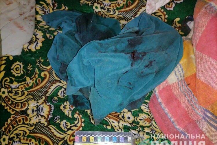 Чоловік молотком пробив голову коханій жінці (Фото 18+)