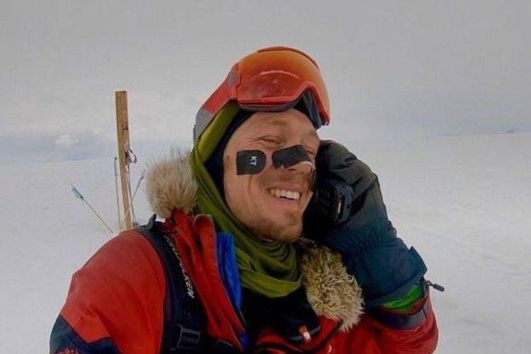 Вперше в історії людина самотужки перетнула Антарктиду