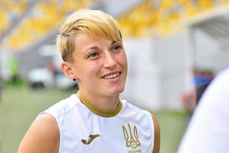 Футболістка збірної України завалила ірландку (Відео)