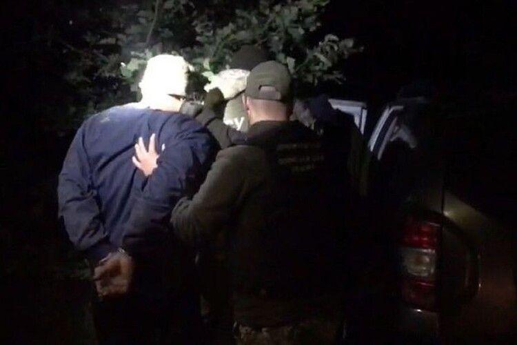 На Волині прикрили канал незаконного переправлення людей через кордон (Фото, відео)