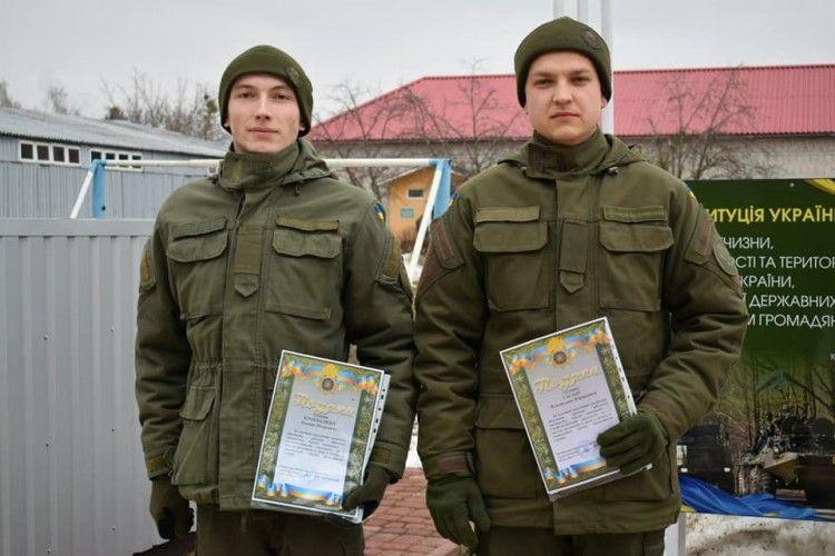 У військовій частині 1141 звільнили двох «строковиків»