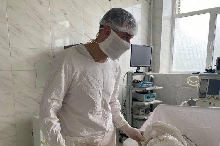 У лікарні на Волині відновлюють планові операції (Фото 18+)