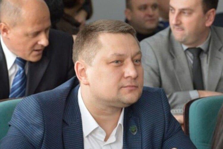Які статки задекларував секретар Луцькради Юрій Безпятко