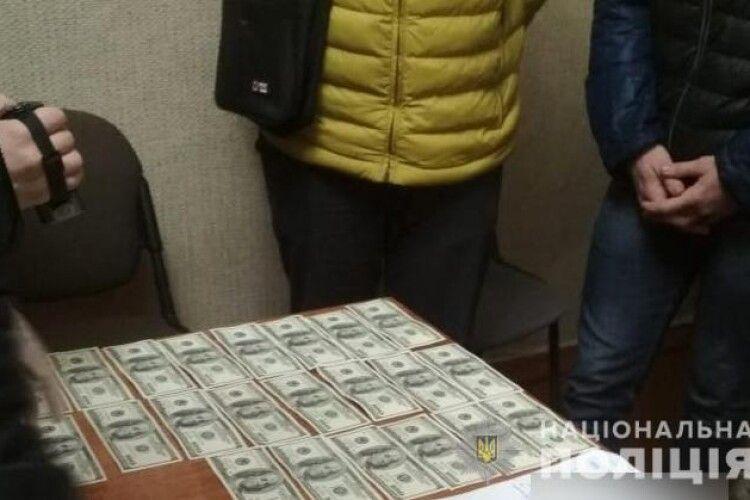 На Волині викрили на вимаганні грошей групу зловмисників