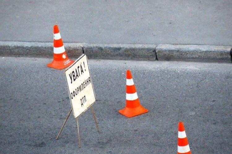 Однорічна дитина постраждала в ранковій аварії в Луцьку