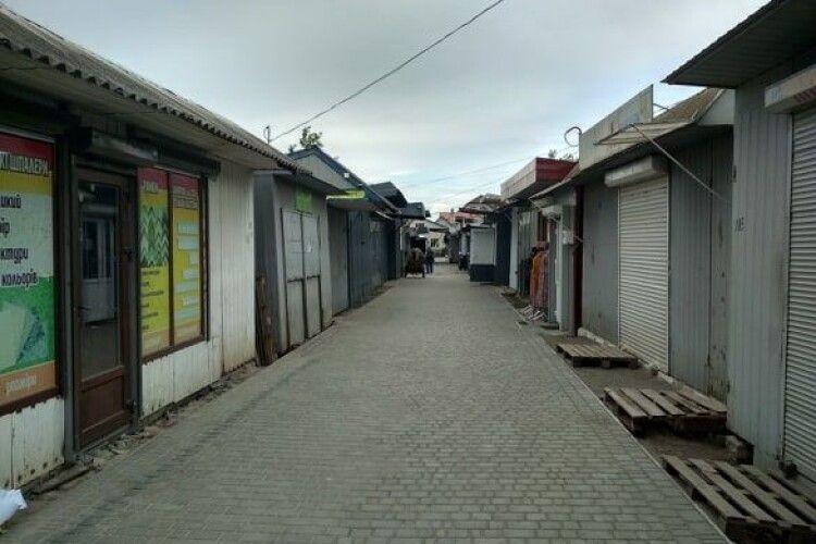 Любешівський ринок по суботах не працюватиме