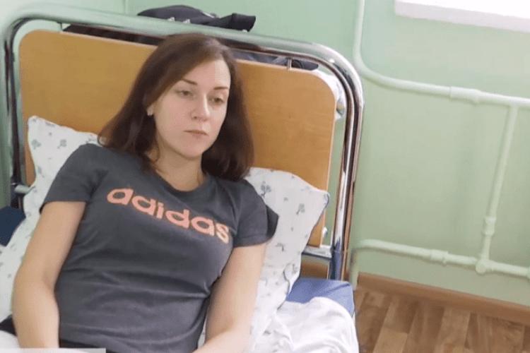 Пацієнт жорстоко побив вагітну сімейну лікарку під час прийому