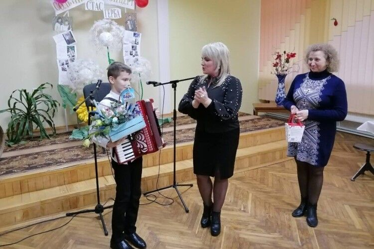 Юний акордеоніст з Волині, лауреат міжнародних конкурсів, підкорив глядачів інструментальним виконанням музичних класиків