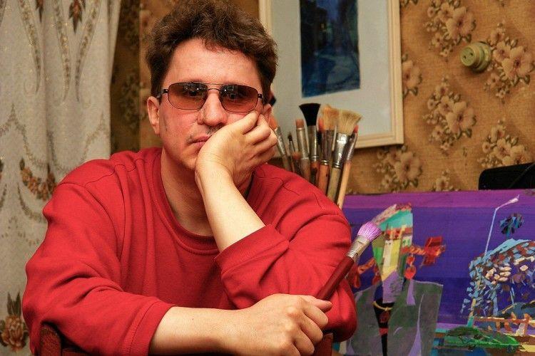 Бачити душею: у Харкові незрячий художник створив понад 400 унікальних картин