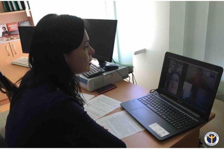 Для безробітних у Луцьку стартували вебінари шукачів роботи