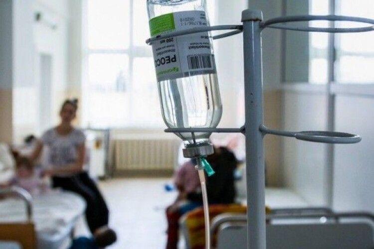 У спортивному таборі на Прикарпатті отруїлися діти: 16 - у лікарні