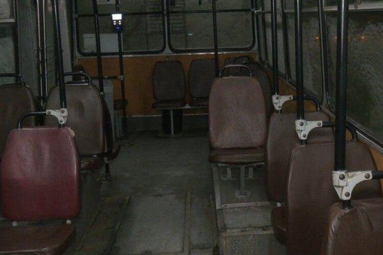 У салоні +2 градуси: як у морозну погоду працюють тролейбуси у Луцьку